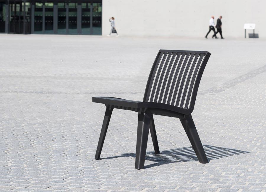 Chaise et fauteuil - Montréal