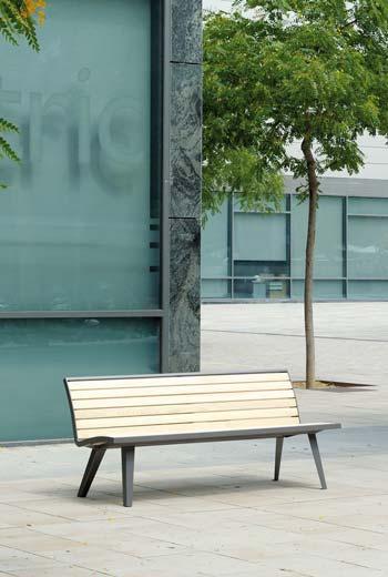 Area - Banc à dossier - Montréal bois
